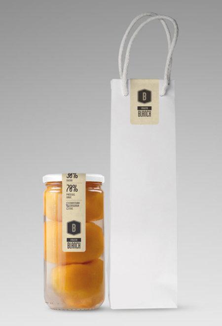 Fruita Blanch, un packaging simple, élégant, et mettant le produit qu'il abrite en valeur