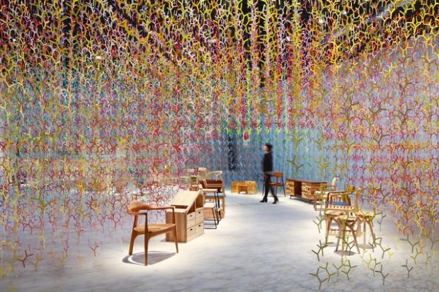 Inspirationsgraphiques-Bunshi-scenographie-Emmanuelle-Moureaux-Architecte-designer-Tokyo-shikiri-couleur-installation-nuances-exposition-graphisme-03