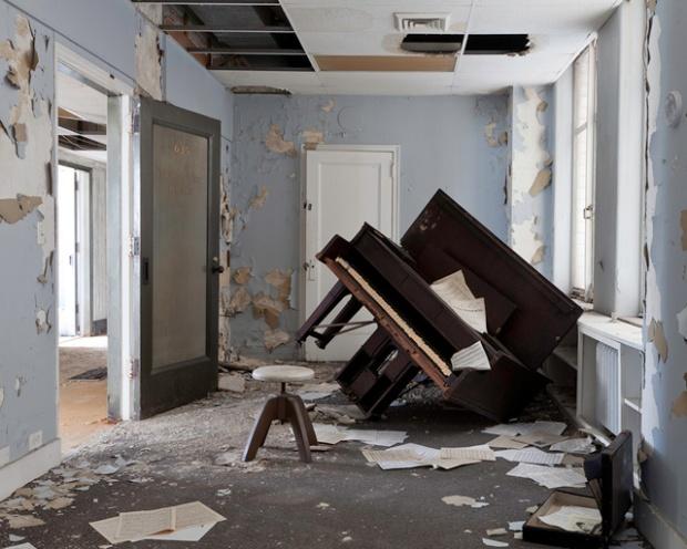 Inspirationsgraphiques-art-photo-Jennifer-Garza-Cuen-Metropole-Detroit-photographe-Wandering-in-place-Michigan-USA-Etats-Unis-07