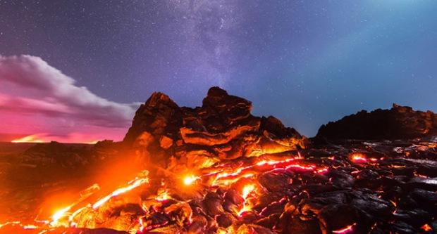 inspirationsgraphiques-photographe-lave-lune-etoile-filante-chaton-hawai-nikon-d810-nikkor-mike-mezeul-instagram-01