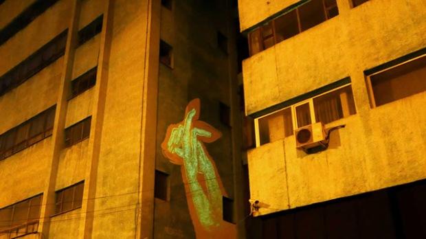 inspirationsgraphiques-streetart-peinture-phosphorescente-graphistes-illustrateurs-maria-lopez-javier-riba-reskate-studio-art-graphique-fresques-murales-06