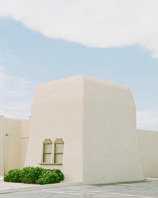 Inspirationsgraphiques-Desert-architecture-Robin-Stein-New-York-photographe-publicite-photojournalisme-lac-Havasu-Colorado-photographie-paysage-07